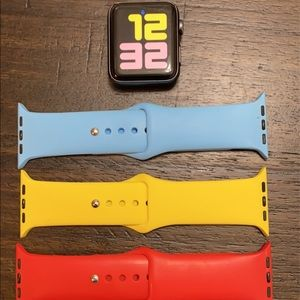 Apple Watch Series 3 42mm, With Bands!